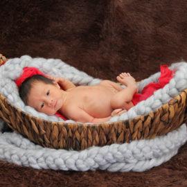 1 week newborn shoot